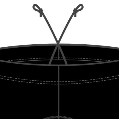 ウエストの締め付けが調整可能なゴム+ドローコード仕様。