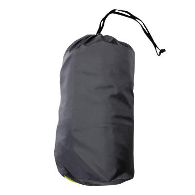 収納袋付きでコンパクトに持ち運びできます。