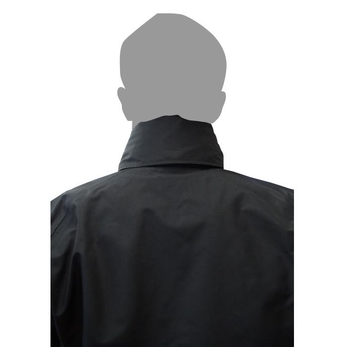 フードが不要な場合は、衿に巻いて収納可能です。