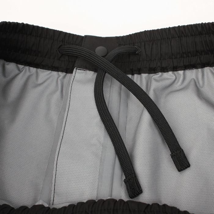 ウエストアジャスター:パンツのウエストスピンドルによりウエストの調整が可能。