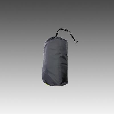 持ち運びに便利な収納袋を付属しました。